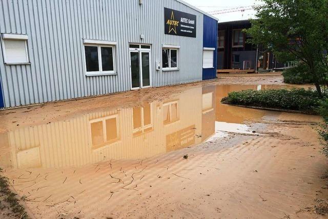 Regenfälle verzögern Bauarbeiten zum Schutz vor Überflutungen in Bad Bellingen