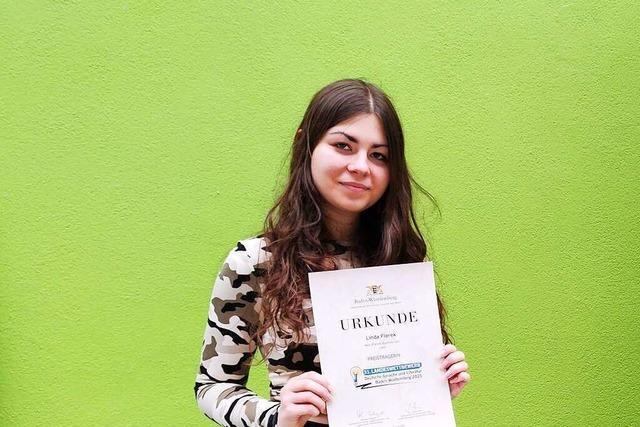 Linda Florek holt Preis beim Landeswettbewerb Deutsche Sprache und Literatur