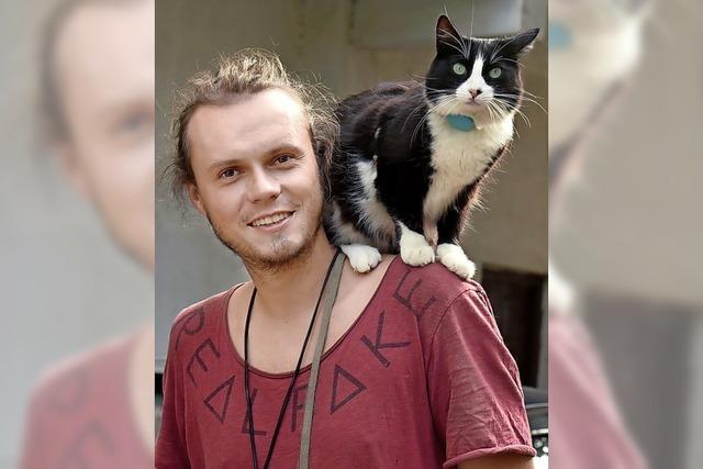 Mit Katze und Motorrad um die Welt