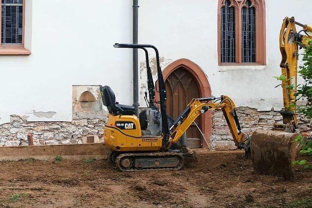 Der Marienkirche in Riedlingen macht aufsteigende Bodenfeuchtigkeit zu schaffen