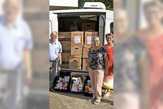 40 Kartons voller Spenden