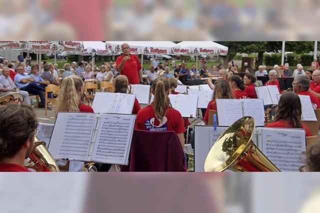 Platzkonzert mit Dirigent Michiel Oldenkamp