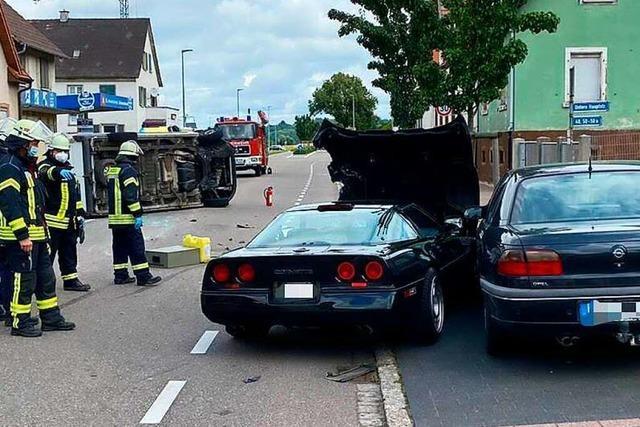 Historische Corvette kollidiert in Kippenheim mit zwei Fahrzeugen