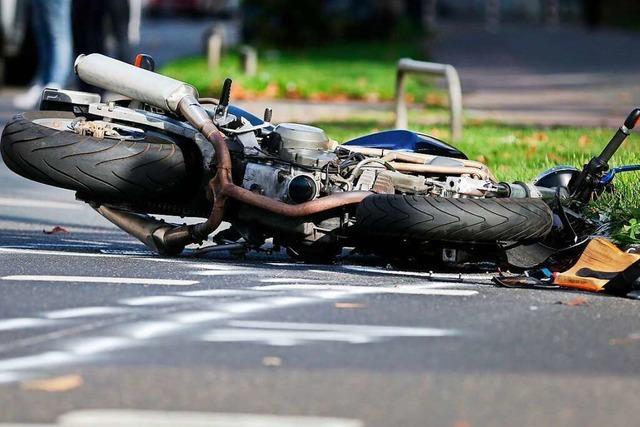Motorradfahrer stirbt nach Kollision mit Auto bei Bonndorf