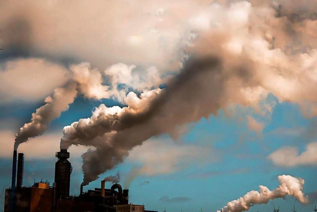 Rauchende Schlote – ein Symbolbild für das, was sich ändern muss.  | Foto: rusty elliott (stock.adobe.com)