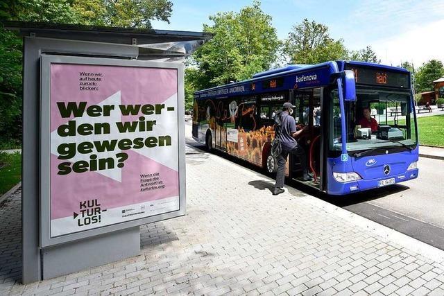 Das Freiburger Eugen-Keidel-Bad hat jetzt eine barrierefreie Bushaltestelle