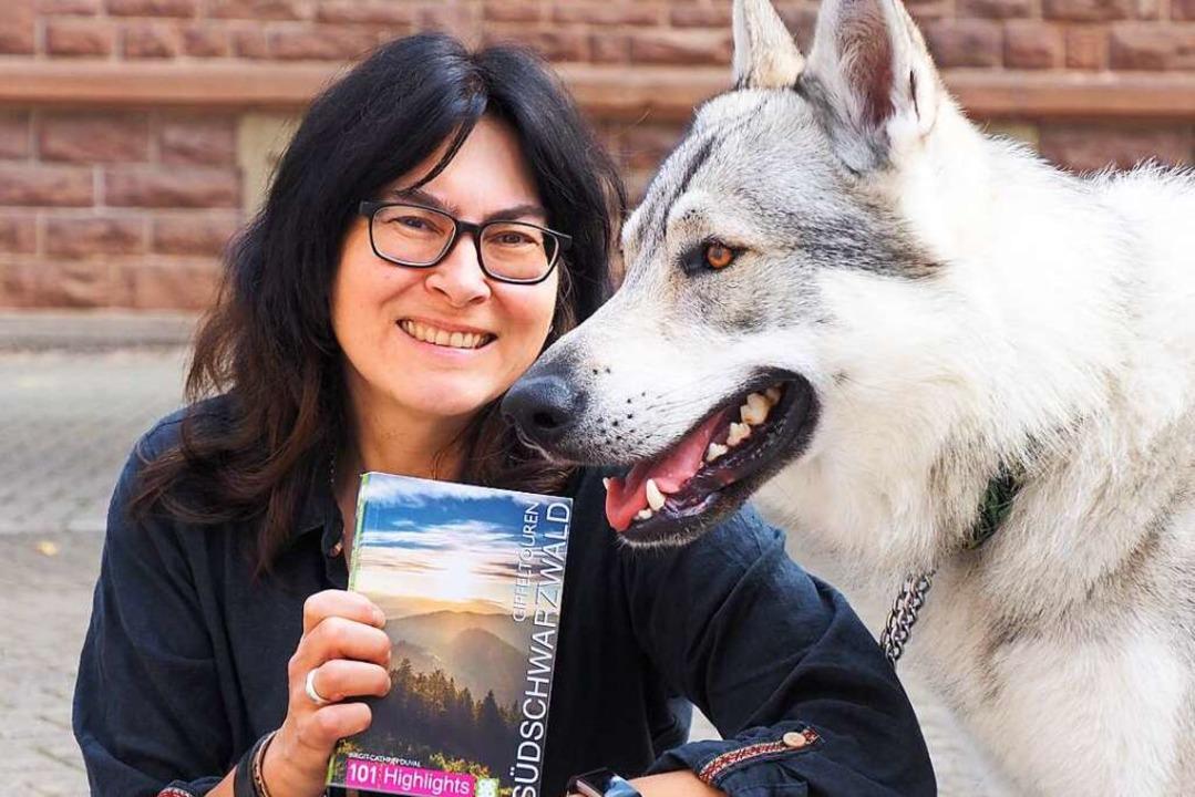 Birgit-Cathrin Duval und Wolfshund Flake    Foto: Herbert Frey
