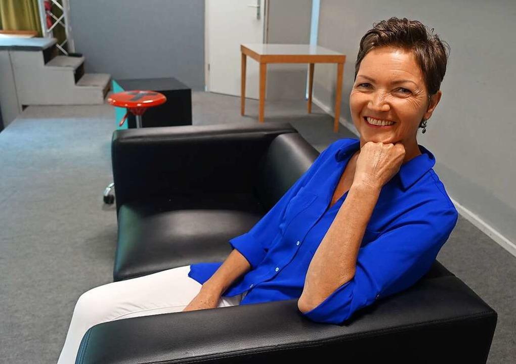 Fürs Porträtfoto hat sie  sich noch ma...en Rollen das Publikum begeistert hat.    Foto: Roswitha Frey