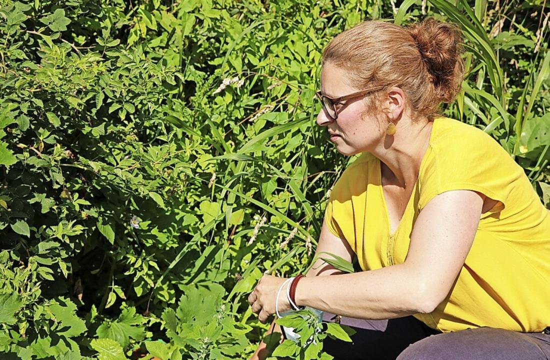 Katrin Rebmann bringt ihren Schützling...senswertes über gesunde Ernährung bei.  | Foto: Martha Weishaar