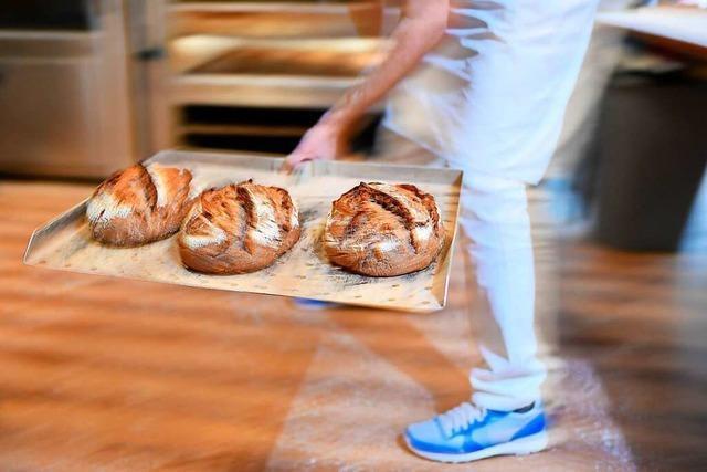 Müssen Bäcker-Azubis aus dem Kreis Lörrach bald nach Freiburg zur Schule?