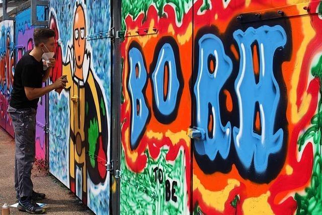 Graffiti-Kunst für die Garagentore beim Schopfheimer Jugendzentrum