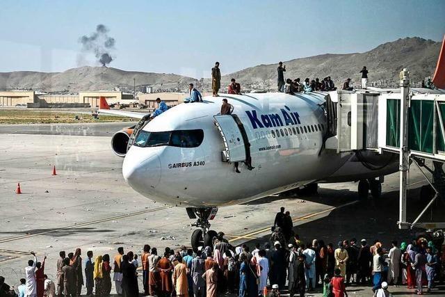 Chaotische Szenen und Todesfälle am Flughafen von Kabul