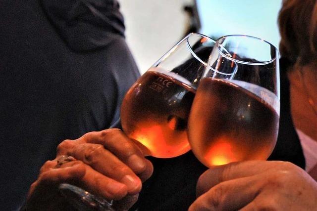 Festpakete statt Weinfest: In Ebringen wird das Festessen nachhause geliefert