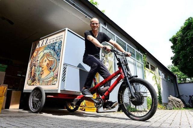 Ein klimatisierter Radcontainer ermöglicht Medikamentenlieferung per Lastenrad