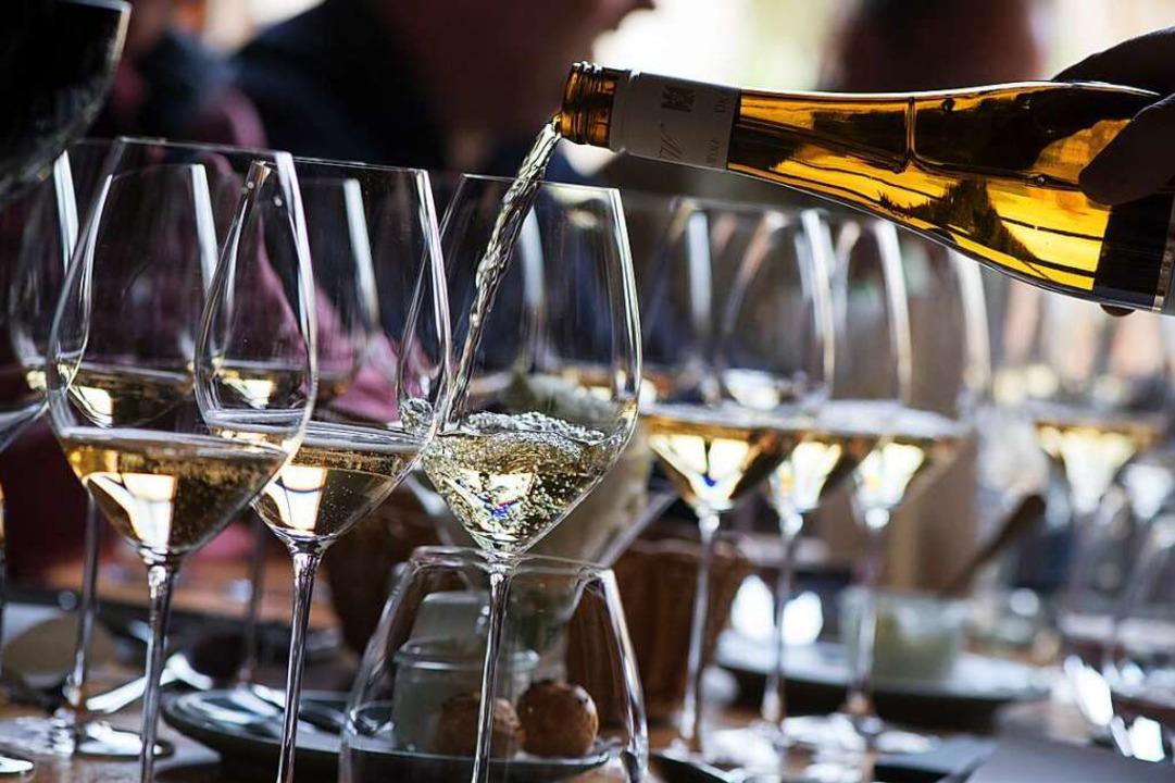 Zum guten Essen gehört auch ein guter Wein.  | Foto: Franziska Gabbert