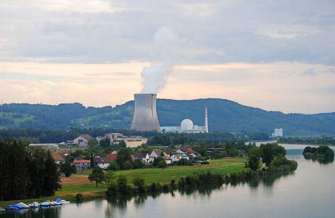 Das jüngste und leistungsstärkste Kernkraftwerk der Schweiz: Leibstadt.  | Foto: Juliane Schlichter