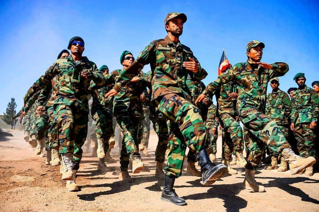 Soldaten der afghanischen Armee im Oktober 2020.  | Foto: HOSHANG HASHIMI (AFP)