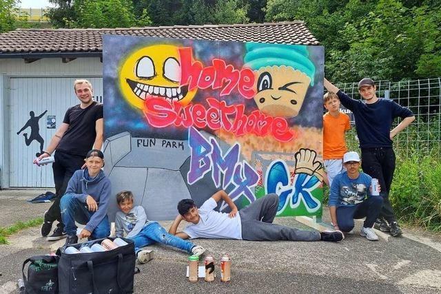 Stellwand für kreisweite Jugendkunsttour besprüht