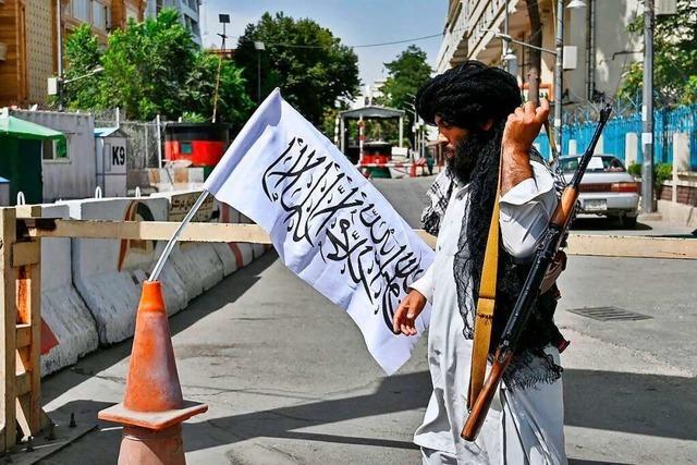 Newsblog: Deutscher auf dem Weg zum Flughafen Kabul angeschossen
