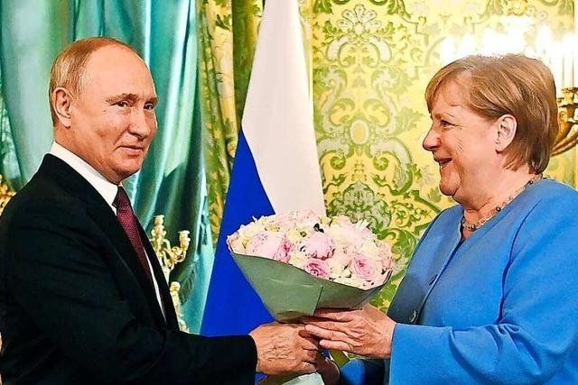 Bei ihrem wohl letzten Russland-Besuch fordert Merkel die Freilassung von Nawalny