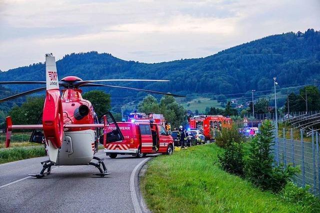Sturz nach Überholmanöver: Zwei Tote nach Motorradunfall bei Gengenbach