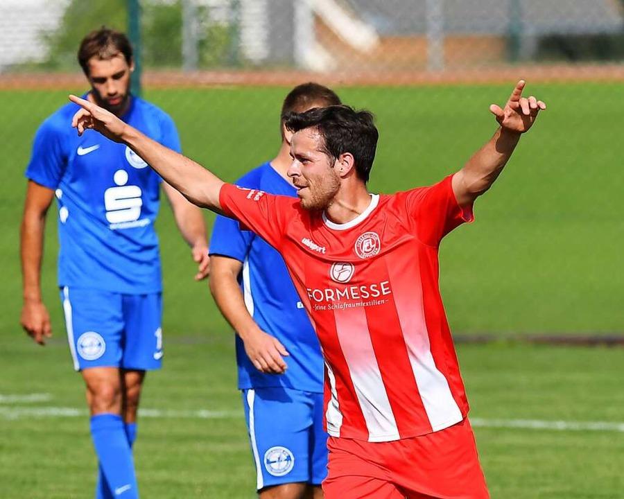 Triumph des Willens: Simon Weißenberge...n Saisonsieg des FC Löffingen perfekt.  | Foto: Wolfgang Scheu