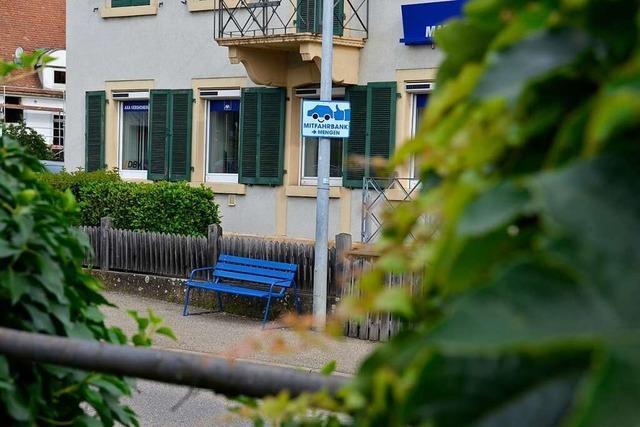 Warum es in Schallstadt am Bahnhof eine Mitfahrbank gibt