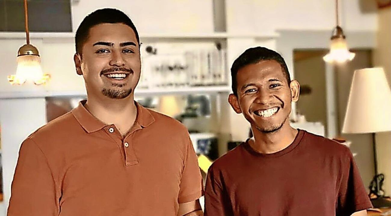 Betreiber Jonas Schimelpfennig (links) und Koch Herodion Makulua  | Foto: privat