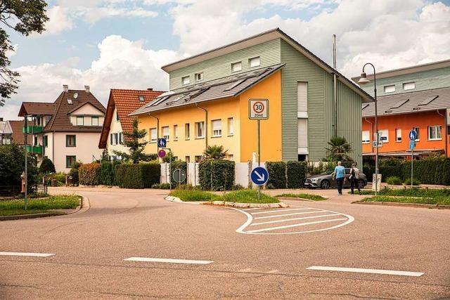 Ein Zebrastreifen in Denzlinger Hindenburgstraße soll Schulweg sicherer machen