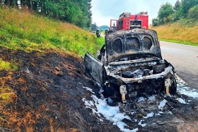 Auto brennt zweimal