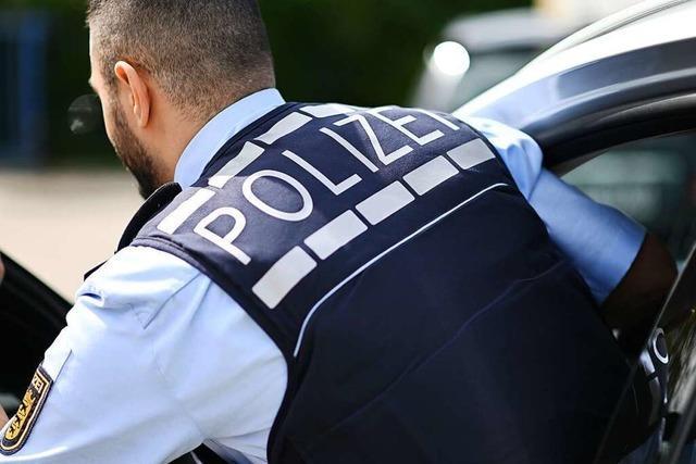 Polizei sucht Zeugen einer Schlägerei auf Bahnhofsplatz in Lörrach