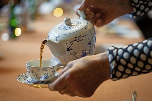 Ostfriesen sind Weltmeister im Teetrinken