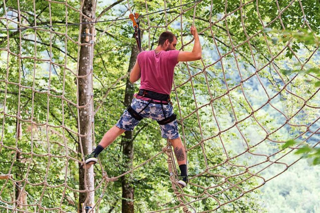 Nichts für schwache Nerven: Klettern will gekonnt sein.    Foto: Karl-Heinz Glück (Kletterwald Staufen)