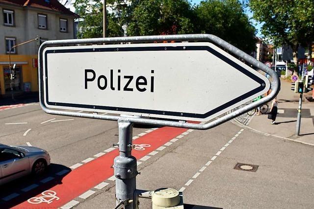 Mann flüchtet nach Auseinandersetzung mit Ex-Chef in Freiburger Polizeidienststelle