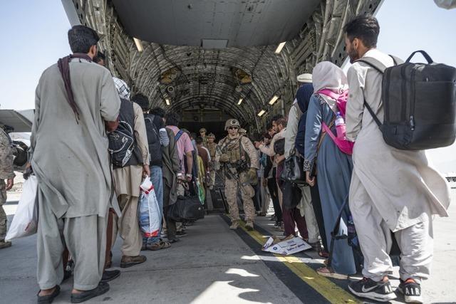 Bundesländer drängen auf Bund-Länder-Treffen zu Afghanistan