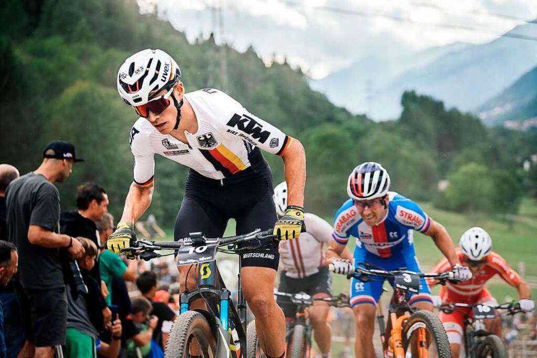 Furios vorneweg: Max Brandl auf dem We... im Shorttrack-Rennen von Val di Sole     Foto: Lynn Sigel