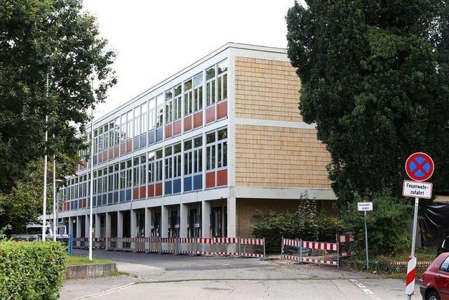 Verzögerungen bei Sanierung der Turnhalle des Max-Planck-Gymnasiums