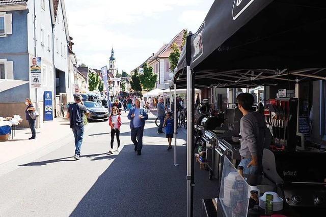 Herbolzheim verwandelt Hauptstraße in Flaniermeile