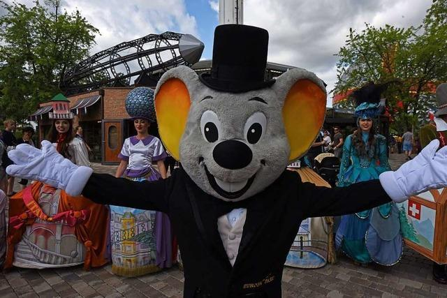 Euro-Maus wird SC-Maskottchen, Füchsle flieht zum DFB