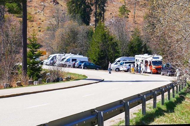 B 500: Lenzkirch will Parkplätze schließen