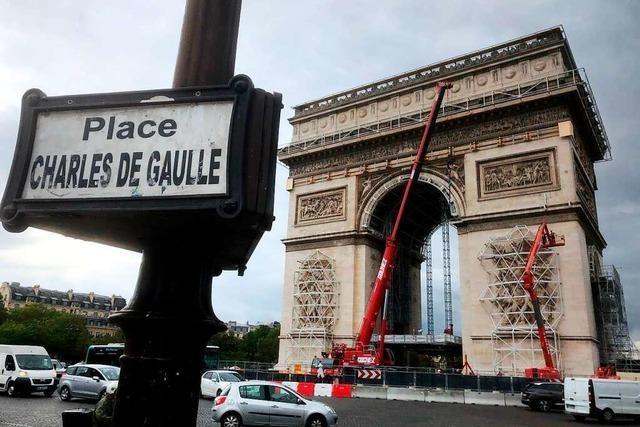 In Paris wird nach Plänen des Künstlers Christo postum der Arc de Triomphe verhüllt