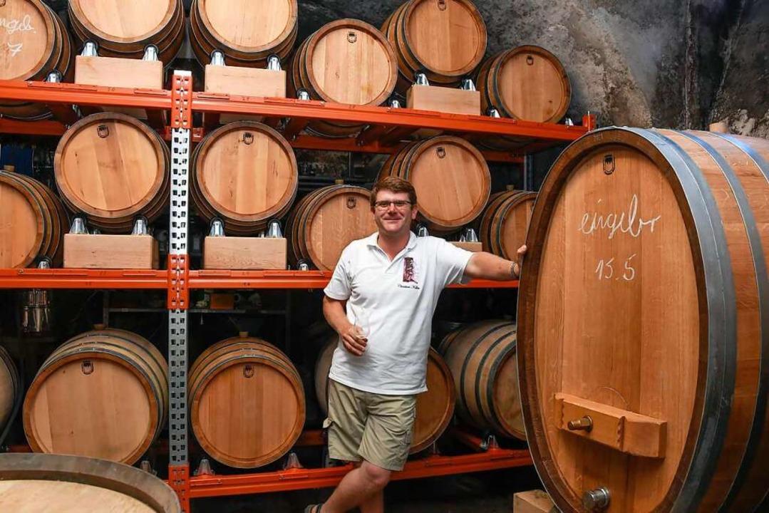 Die Fässer aus Holz aus dem eigenen Wa... leichteren Weißweine von Vorteil ist.  | Foto: Volker Münch