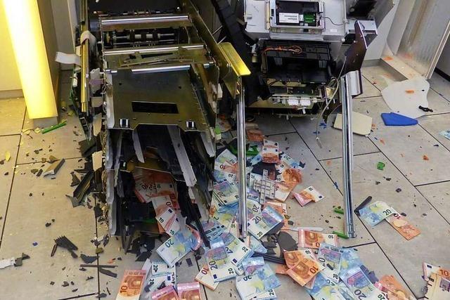 Serientäter sollen sieben Geldautomaten rund um Freiburg gesprengt haben