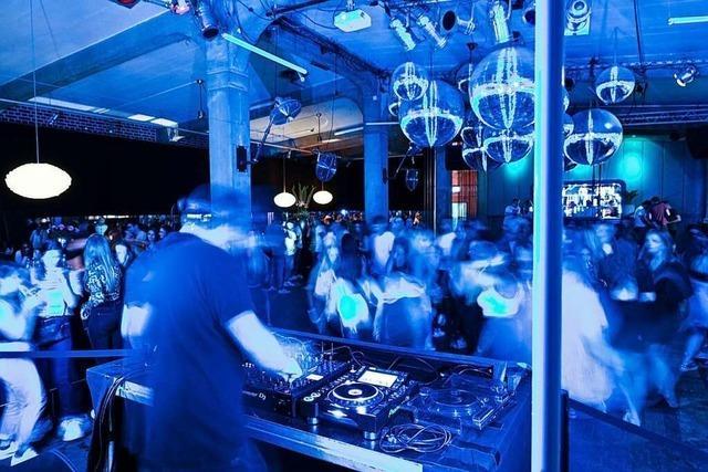 Club-Gäste dürfen im Südwesten bald wieder ohne Maske tanzen