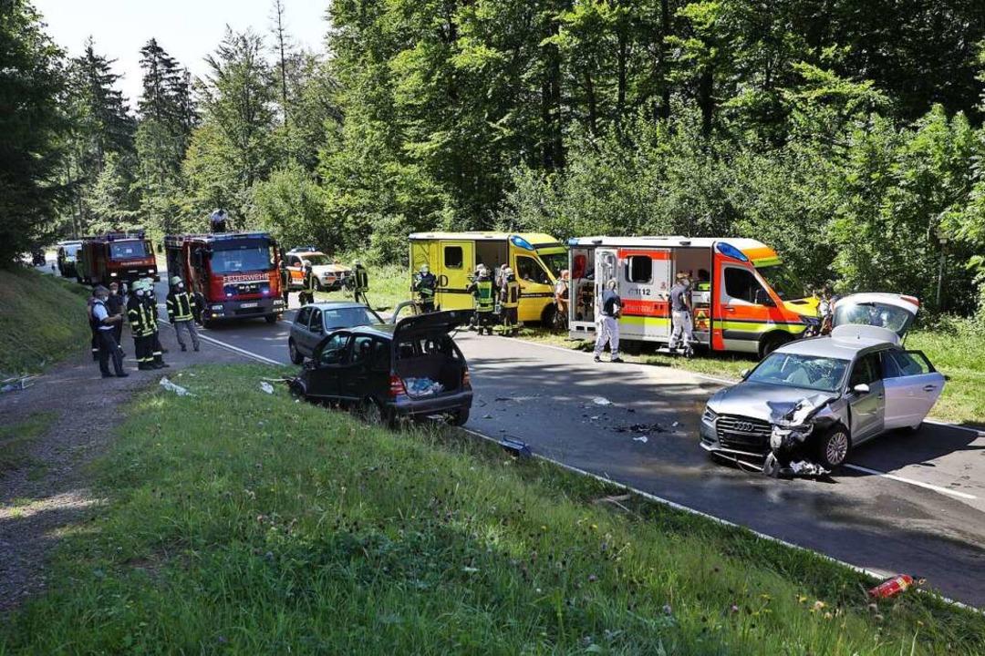 """Im Bereich """"Hallen"""" zwisch...ttwoch ein Unfall mit vier Verletzten.    Foto: Christoph Breithaupt"""