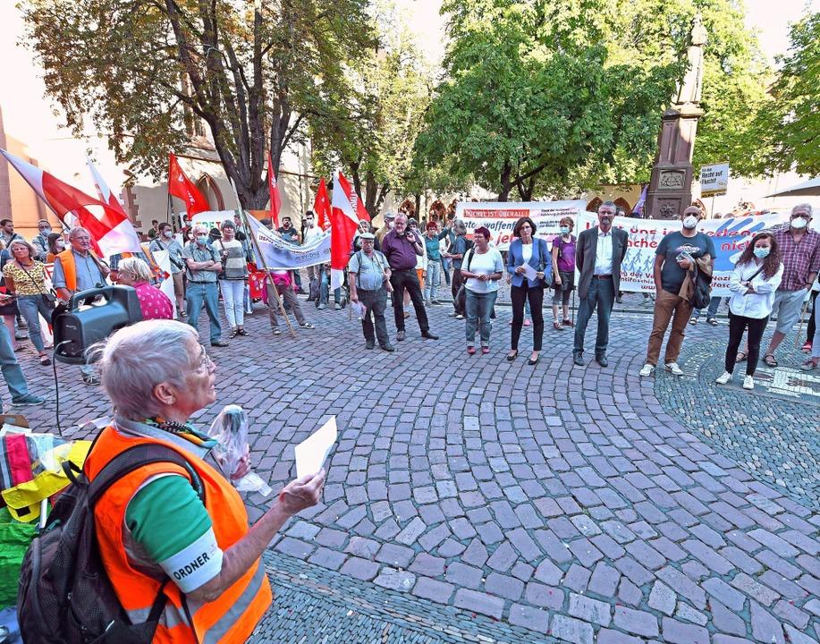 An der Kundgebung nahmen insgesamt rund 100 Menschen teil.     Foto: Michael Bamberger