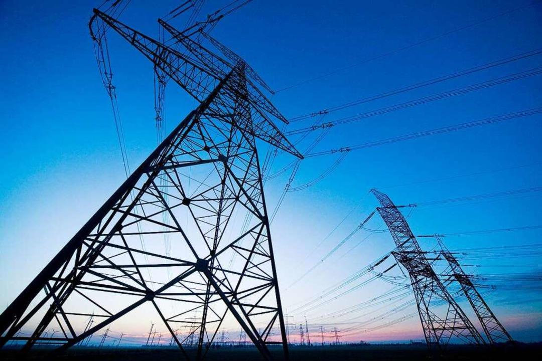 Wie viel darf das Durchleiten von Strom und Gas kosten?  | Foto: Verwendung weltweit, usage worldwide