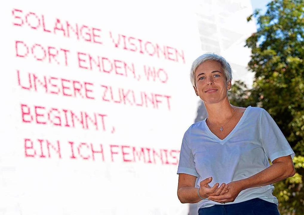 Katharina Cibulka in Freiburg vor ihrer Installation.    Foto: Michael Bamberger