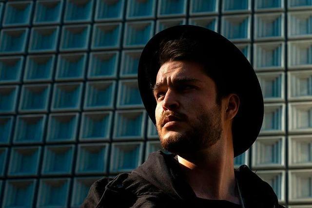 Wie der Basler Musiker ZIAN mit einem Lied die Schweizer Charts stürmte