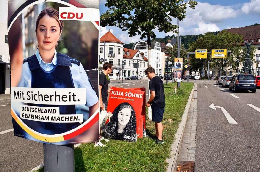 Die Parteien hängen seit einiger Zeit ...gswahl auf, so wie  hier in  Freiburg.    Foto: Thomas Kunz